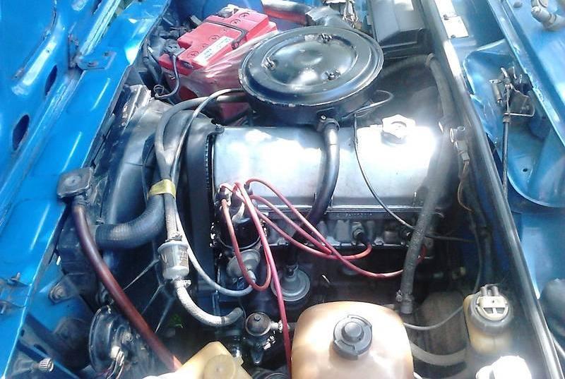 фото двигатель ВАЗ-2105
